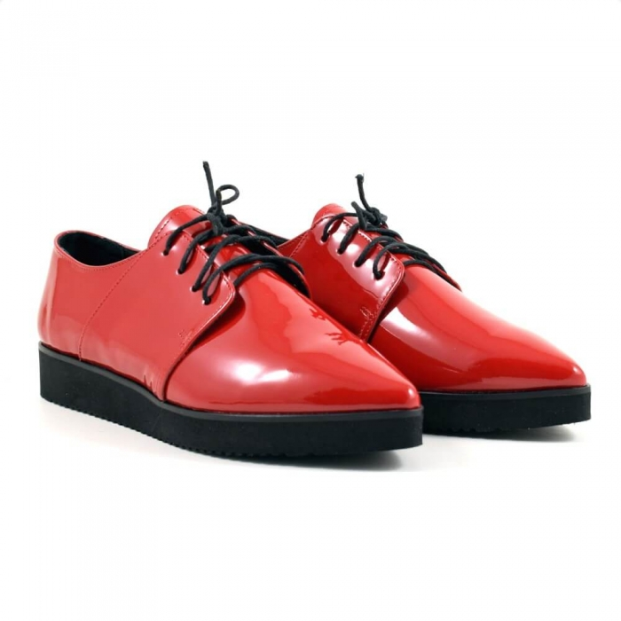 Pantofi cu siret din piele lacuita rosie Amarella 0