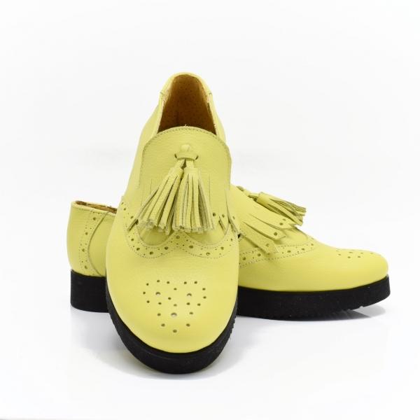 Pantofi galbeni din piele naturala Simonne 1
