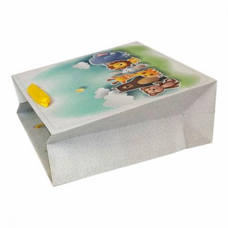 Set 5 pungi de cadou cu model pentru copii, 24x24x10 cm1