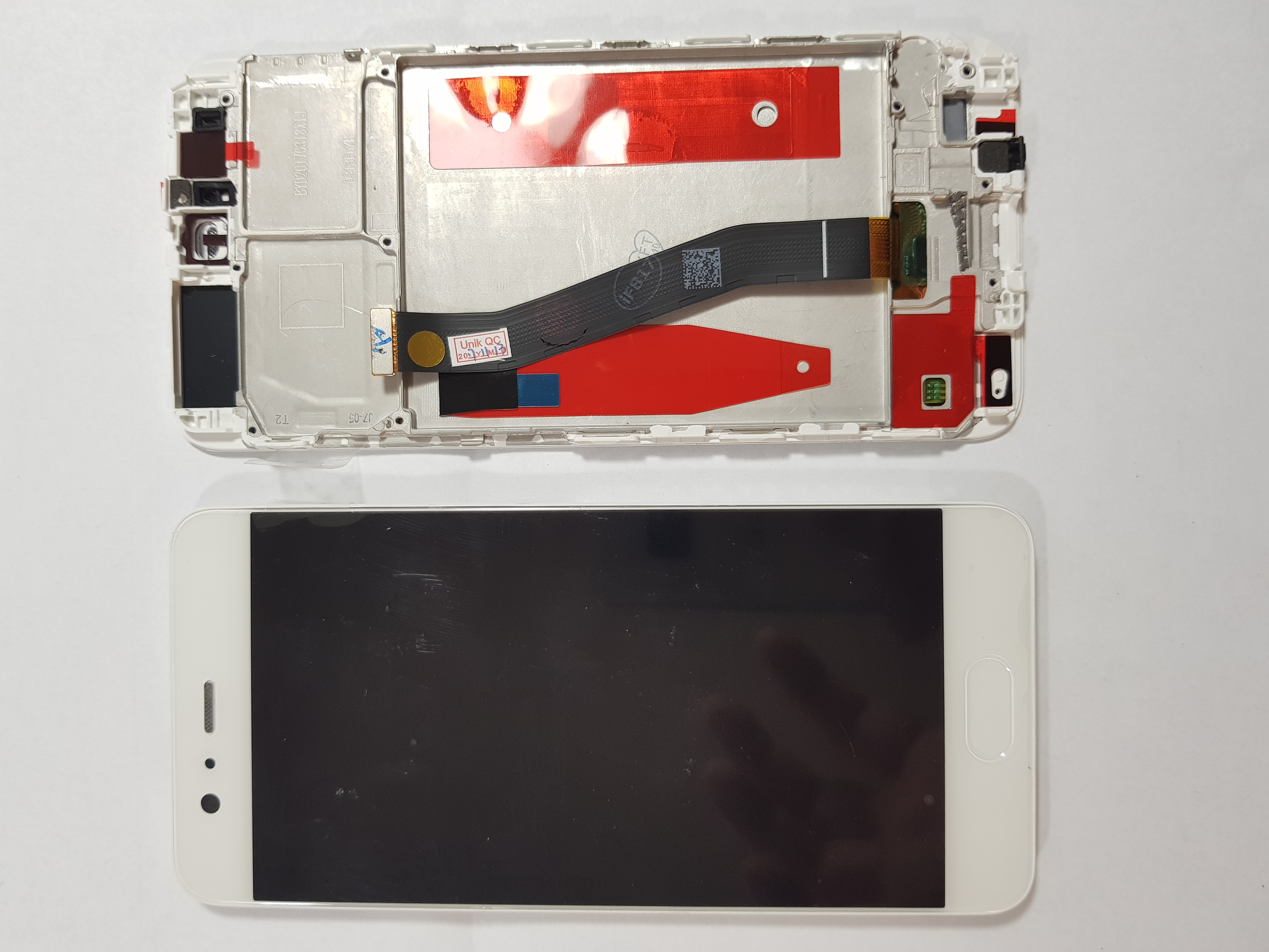 Ecran display Huawei P10 cu rama middle Alb 0