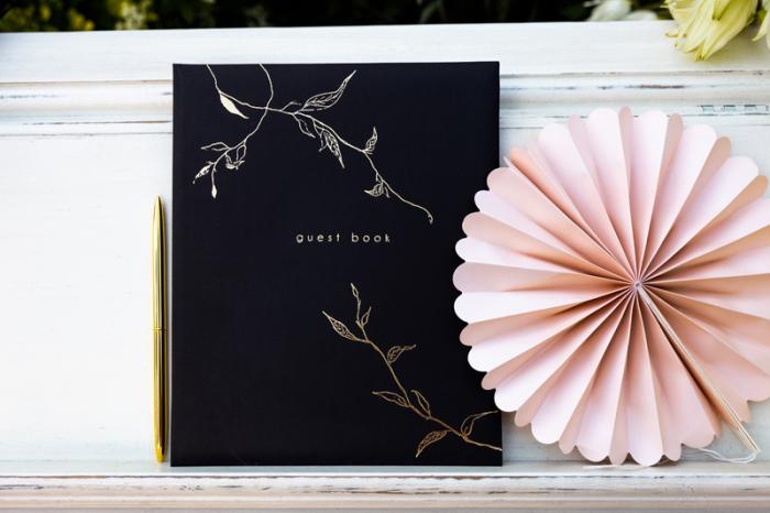 Guest Book Negru - Crengute 1