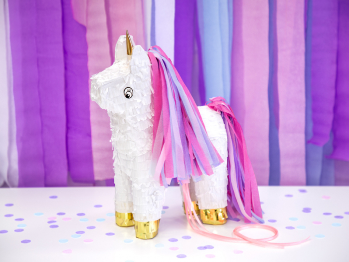 Pinata Unicorn 1