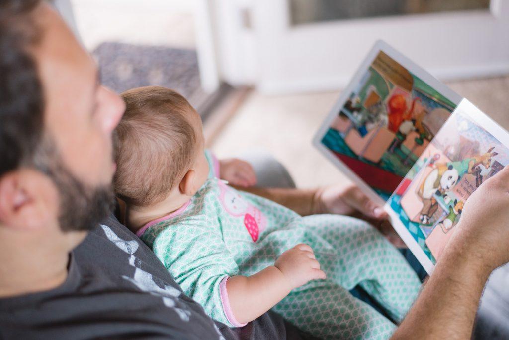 Vorbind cu bebelusul: 6 moduri de a comunica cu nou-nascutul