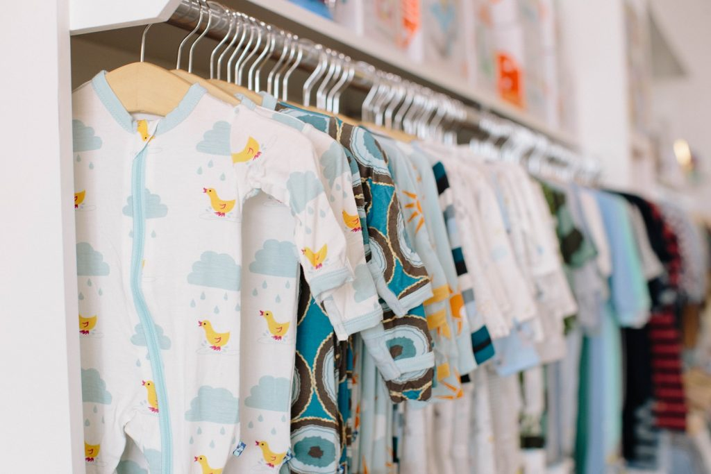 Ce trebuie sa contina garderoba de toamna si iarna a bebelusului ?