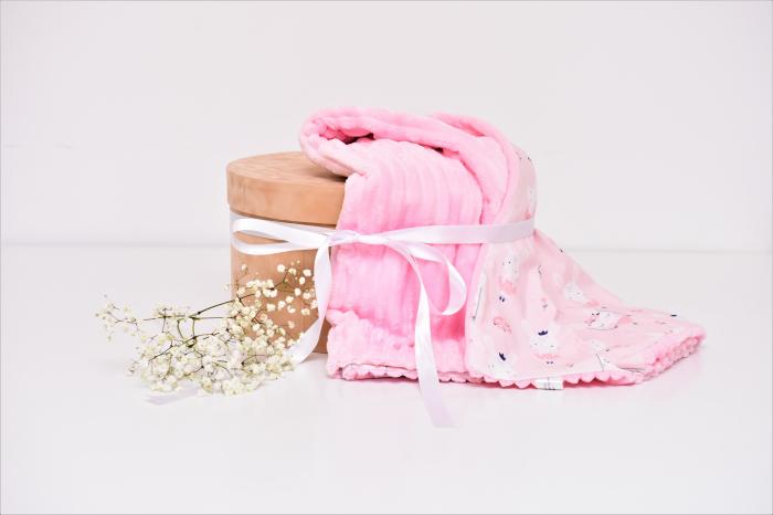 Paturica model iepurasi balerine si minky roz pudra in dungi 0
