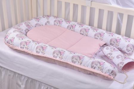 Set 3 piese babynest, paturica si pernuta model unicorni si roz [10]