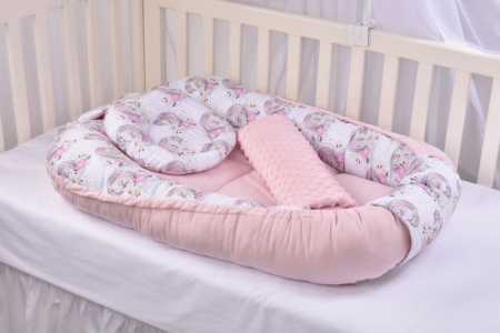 Set 3 piese babynest, paturica si pernuta model unicorni si roz [1]