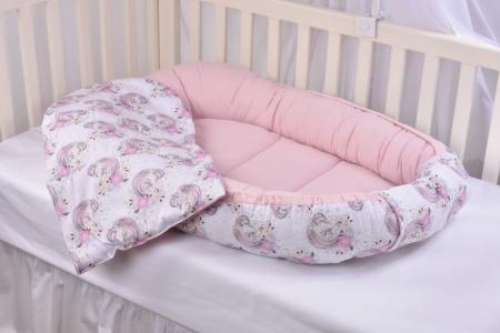 Set 3 piese babynest, paturica si pernuta model unicorni si roz [6]