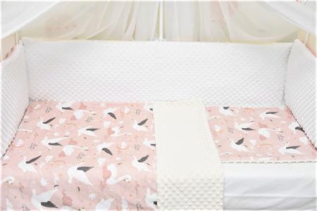 Lenjerie 3 piese model lebede pe roz1