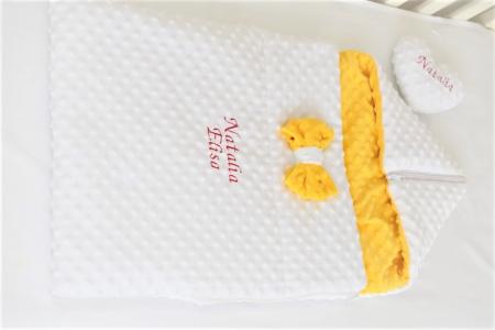 Paturica fermecata- paturica saculet gros plusat alb galben [1]