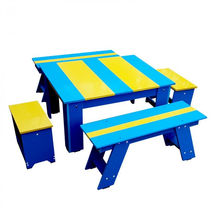 Set bicolor masuta cu scaunele si bancute pentru gradina [1]