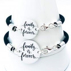 Bratara personalizata argint, snur din piele naturala Family is forever1