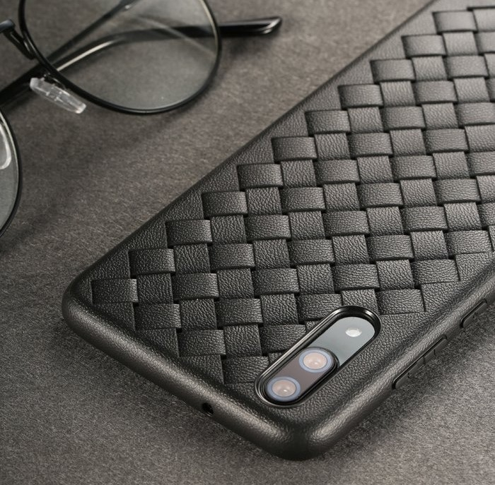 Husa Benks TPU Black impletita pentru Huawei P20 2