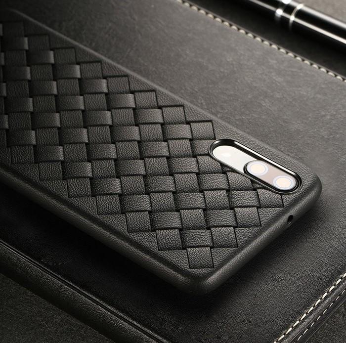 Husa Benks TPU Black impletita pentru Huawei P20 5