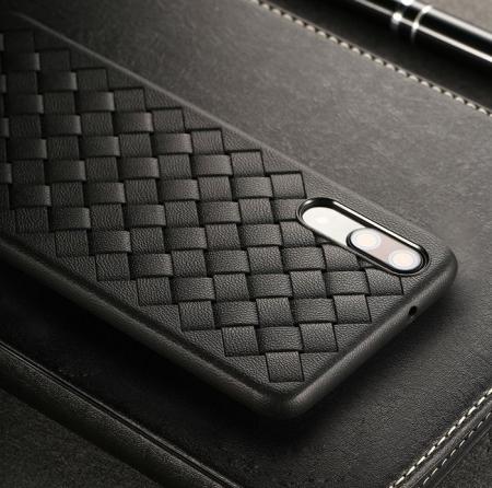 Husa Benks TPU Black impletita pentru Huawei P205