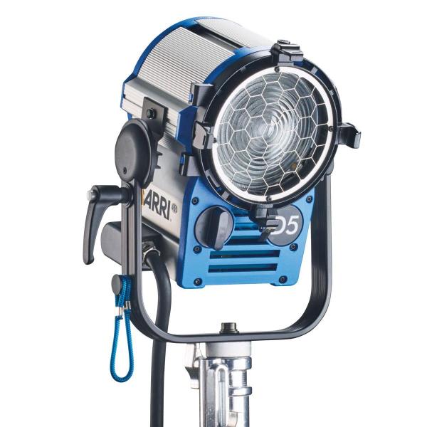 Arri Sursa de iluminare HMI Fresnel True Blue D5 [0]