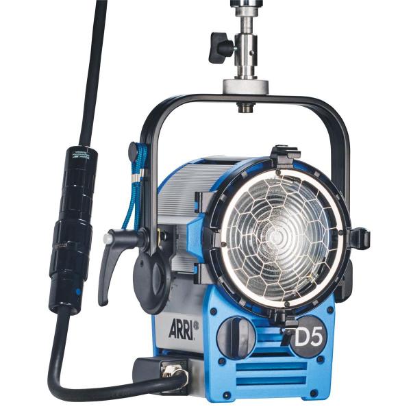 Arri Sursa de iluminare HMI Fresnel True Blue D5 [9]
