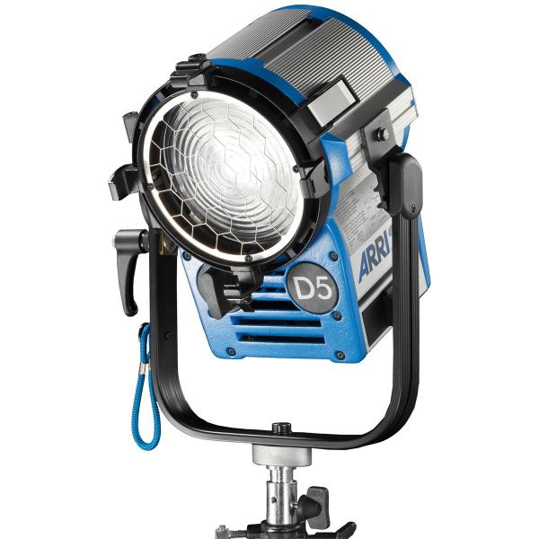 Arri Sursa de iluminare HMI Fresnel True Blue D5 [1]