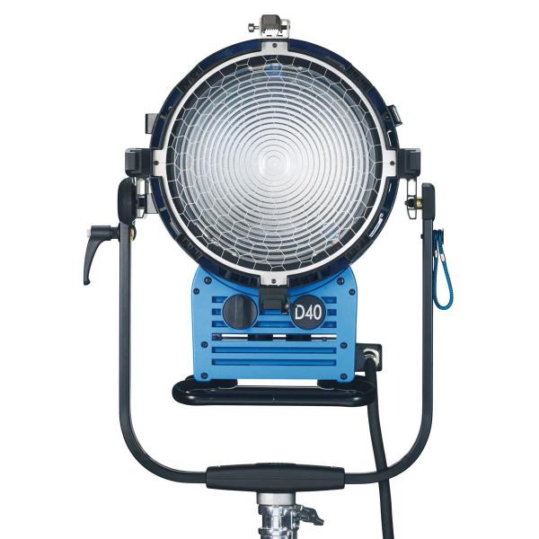 Arri Sursa de iluminare HMI Fresnel True Blue D40 [1]