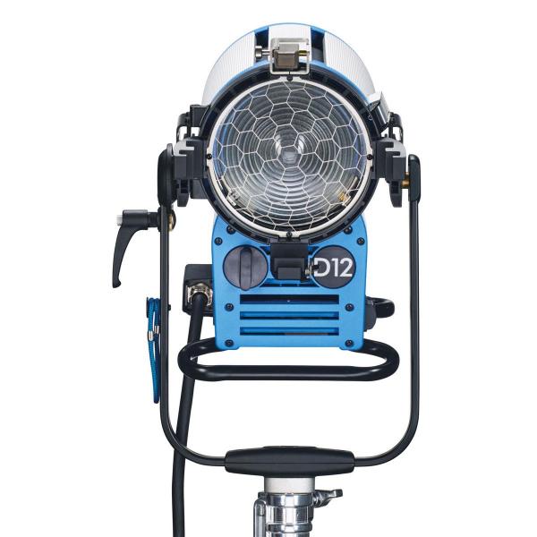 Arri Sursa de iluminare HMI Fresnel True Blue D12 [2]