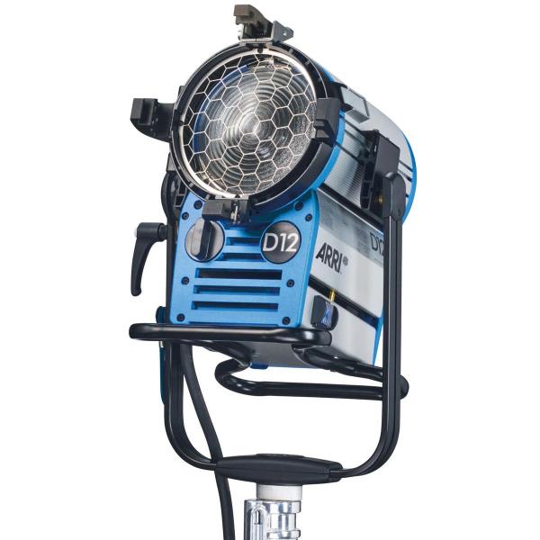 Arri Sursa de iluminare HMI Fresnel True Blue D12 [3]