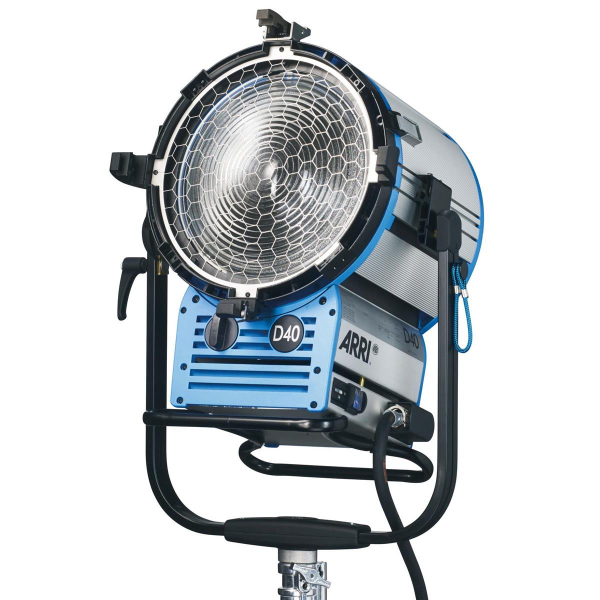 Arri Sursa de iluminare HMI Fresnel True Blue D40 [3]