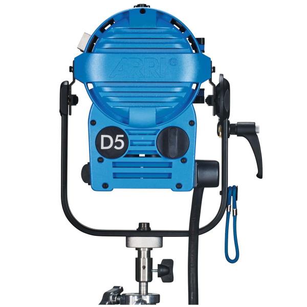 Arri Sursa de iluminare HMI Fresnel True Blue D5 [5]