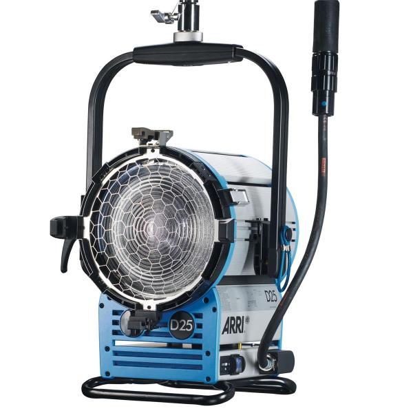 Arri Sursa de iluminare HMI Fresnel True Blue D25 [7]