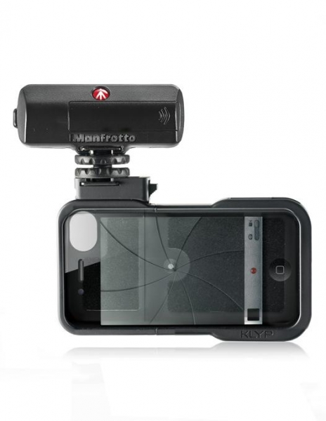 Manfrotto Carcasa iPhone 4/4S cu LED 1