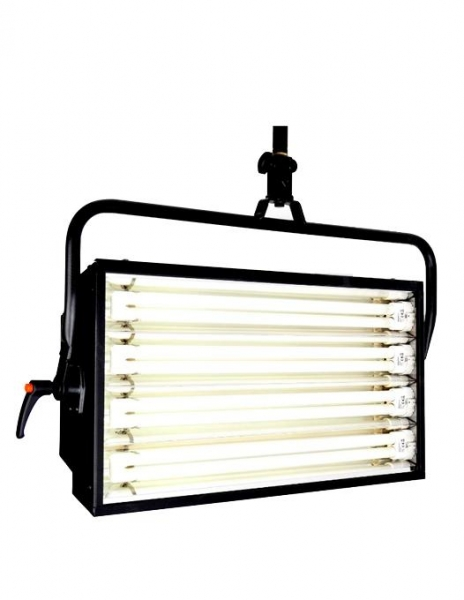 Cosmolight lumina fluorescenta Brivido 4x55W DMX 0
