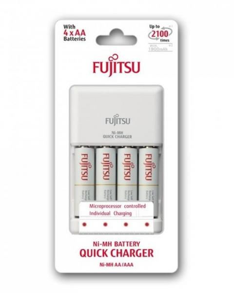 Fujitsu Set Incarcator rapid cu 4 Acumulatori AA 1900 mAh 0