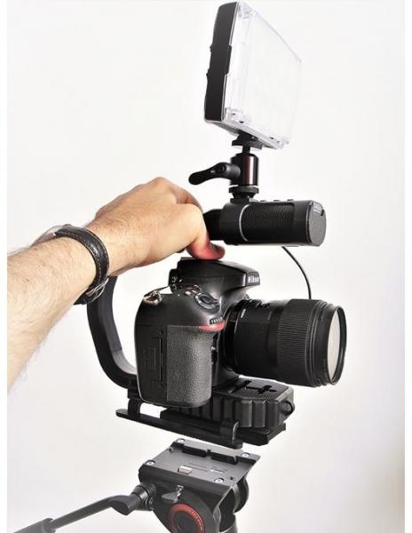 MicRig Stereo maner cu microfon pentru camere video 4