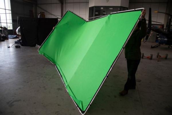 Lastolite Fundal Chroma Key verde Panoramic cu cadru inclus 4x2.90m 7