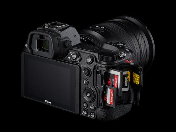 Nikon Z 6II Aparat Foto Mirrorless 24.5MP Kit cu Obiectiv 24-70mm F4 si Adaptor FTZ [1]