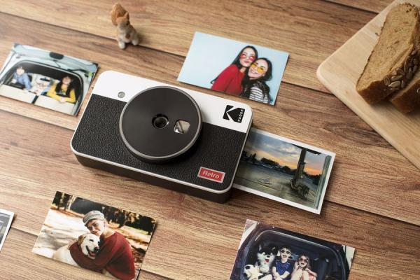 Kodak MiniShot Combo Retro camera foto instant si imprimanta 2