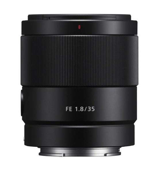 Pachet Sony Obiectiv Foto Mirrorless 35mm F1.8 Sony FE+Manfrotto Filtru UV Slim 55mm [0]