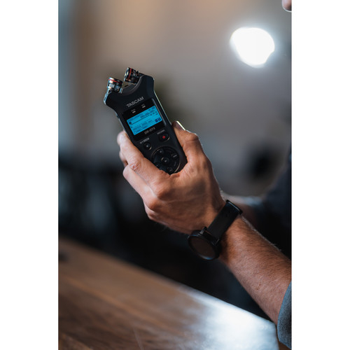 Tascam recorder digital portabil DR-07X 3