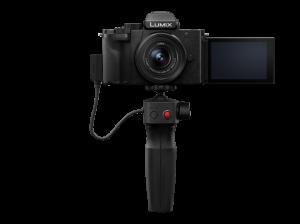 Panasonic Lumix DC-G100V cu obiectiv 12-32mm si grip wireless [0]