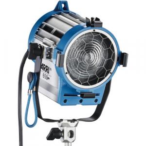 Arri Sursa de iluminare Junior 650 Plus0