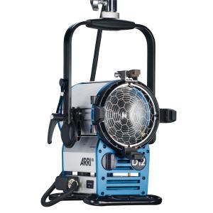 Arri Sursa de iluminare HMI Fresnel True Blue D12 [9]