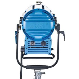 Arri Sursa de iluminare HMI Fresnel True Blue D25 [11]