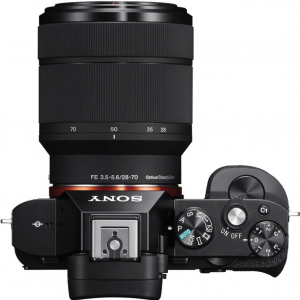 Sony Kit Aparat Foto Mirrorless A7 24MP Full Frame Full HD cu Obiectiv 28-70 F/3.5-5.6 OSS1
