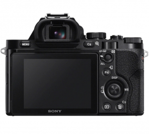 Sony Kit Aparat Foto Mirrorless A7 24MP Full Frame Full HD cu Obiectiv 28-70 F/3.5-5.6 OSS2