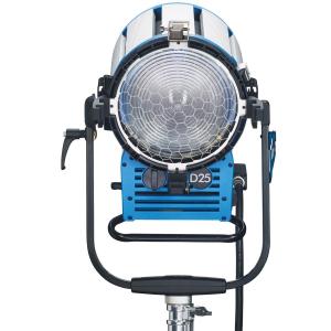 Arri Sursa de iluminare HMI Fresnel True Blue D25 [3]