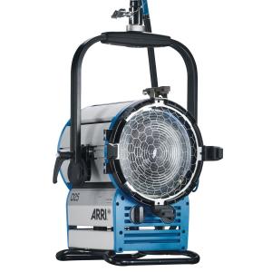 Arri Sursa de iluminare HMI Fresnel True Blue D25 [6]
