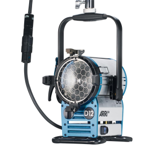 Arri Sursa de iluminare HMI Fresnel True Blue D12 [8]