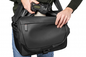 Manfrotto Advanced² Geanta Messenger9