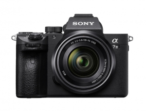 Sony A7 III Aparat Foto Mirrorless 24MP 4K Full Frame Kit cu Obiectiv 28-70 F/3.5-5.6 OSS