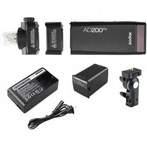 Godox AD200Pro TTL Pocket Flash Blit Portabil 200W4