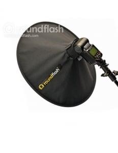 RoundFlash Dish softbox portret1